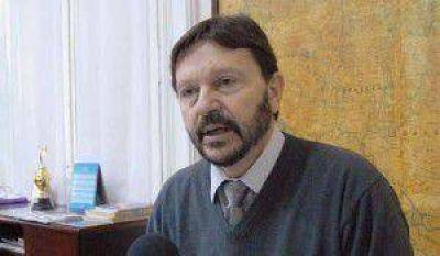 Ministro Schunk propone una nueva reforma constitucional