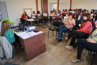 Educación Primaria: Se trabaja con equipos directivos en políticas de enseñanza