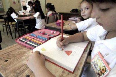 Más de dos millones de niños que reciben la AUH ahora percibirán ayuda escolar