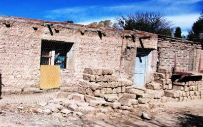 En Jáchal cambian casas de adobe por las de ladrillo