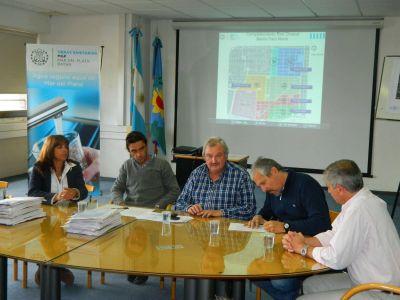 Osse firmó contrato para ejecutar red cloacal en Faro Norte