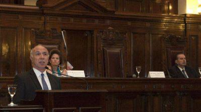 Lorenzetti y Highton encabezaron un acto por la implementación del nuevo Código Civil y Comercial