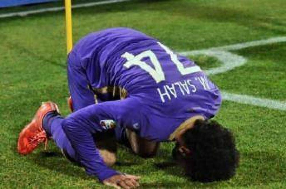 Futbolista egipcio ayuda a la comunidad musulmana de Florencia