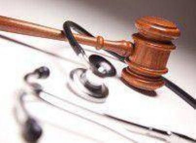 Mala praxis en Jujuy: Imputan a 4 médicos y a un bioquímico de una clínica privada por la muerte de una mujer