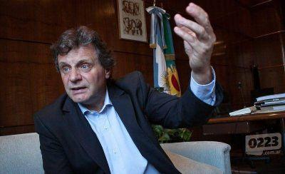 """Pulti: """"Le habrá pedido opinión a Scioli, pero está acá porque lo decidí yo"""""""