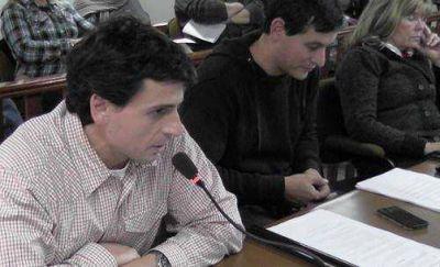 """Candidato a intendente radical calificó de """"inadmisible"""" la alianza con el PRO"""