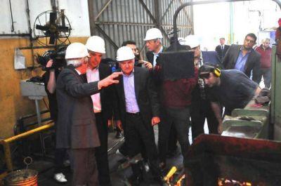 De visita en Florencio Varela, Julián Domínguez prometió más trabajo para jóvenes bonaerenses