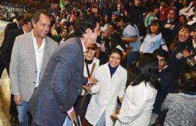 Juan Manuel Urtubey lanzó, en el Delmi, los intercolegiales de Salta