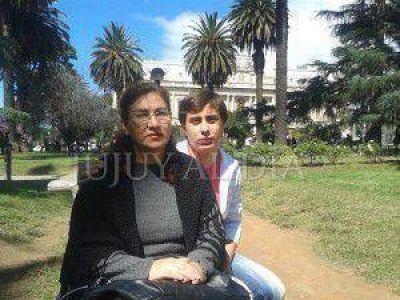 """Familiares de la Gendarme Carola Carretero exigen la pena máxima para los inculpados: """"ellos son responsables del asesinato de mi niña"""""""