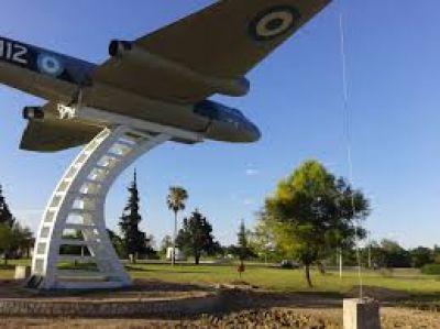 Agustín Rossi estará este jueves en Paraná en el acto por la reubicación del avión Canberra