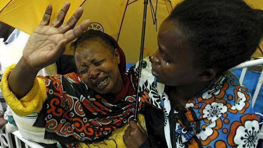 Cristianos de Kenia dan lección de compasión y perdón tras masacre en Garissa