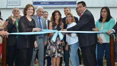 La Gobernadora inauguró un salón de usos múltiples en el B° Los Flores