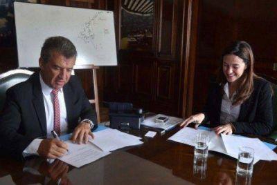 Entre Ríos es la primera provincia en firmar el convenio para implementar el Programa Hogar