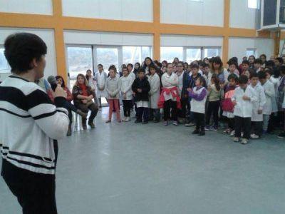 La Escuela N°45 de Tolhuin finalmente pudo iniciar su ciclo lectivo en el nuevo edificio
