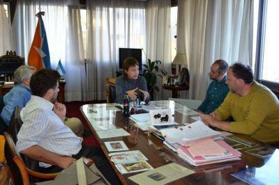 La Gobernadora se reunió con representantes del Centro de Estudios Legales y Sociales