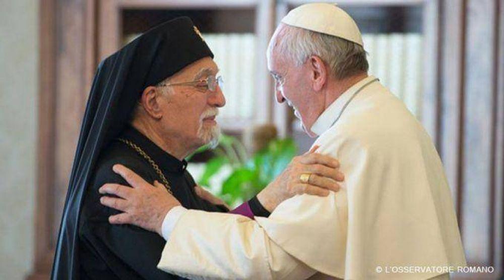 Papa Francisco recuerda víctimas de genocidio armenio y pide al pueblo ser fiel a Cristo