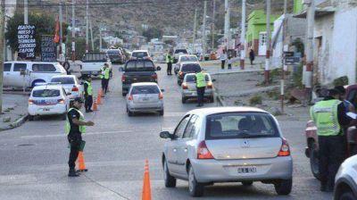 Sesenta policías participaron de dos amplios operativos de seguridad sobre la zona sur