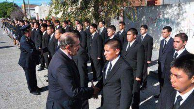 Más de 300 nuevos efectivos se sumarán, a fines del 2015, a la Policía del Chubut