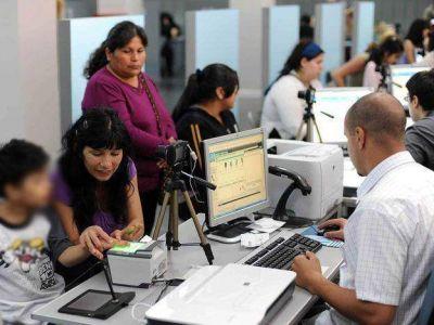 Alertan por la existencia de más de 15 mil documentos sin retirar del Registro Civil