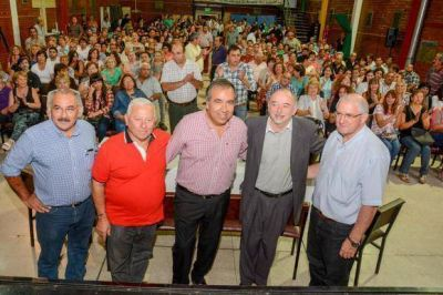 Diferentes sectores manifestaron su apoyo pol�tico a Dante Elizondo