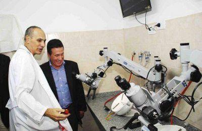Lanús: inauguración del laboratorio de implante coclear en el Evita