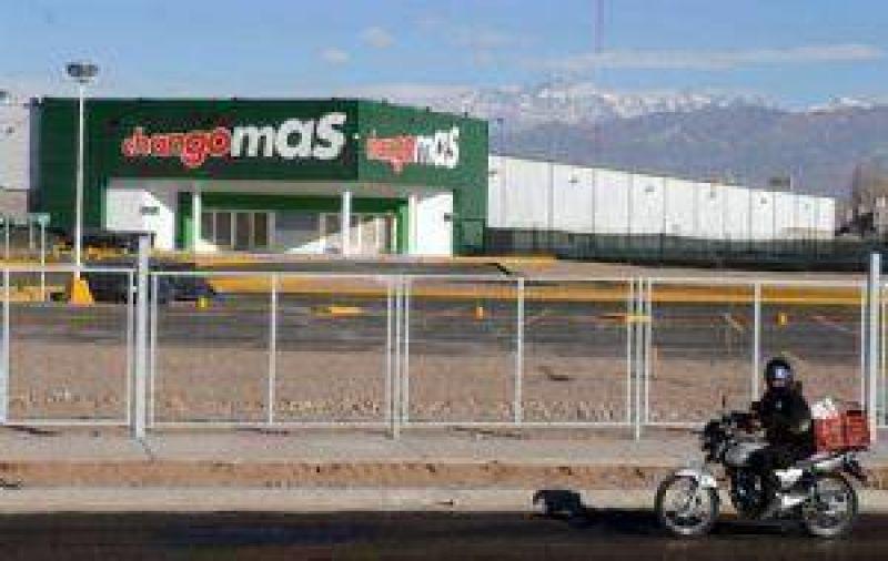 Un nuevo Changomás inaugura la cadena Wal Mart en Maipú
