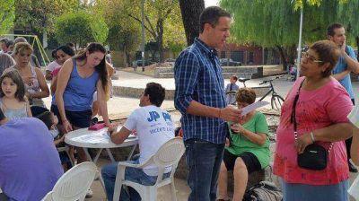 Leonardo Rial llevó el programa HOGAR a vecinos de Villa Martelli