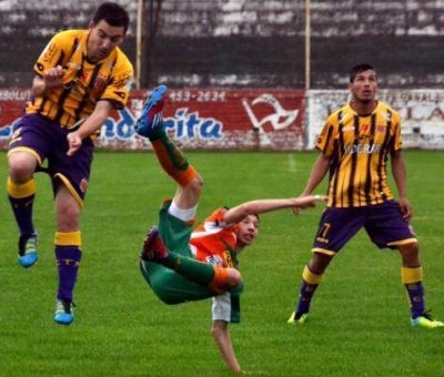 Rosario y Bella Vista siguen en lo m�s alto de la Liga del Sur