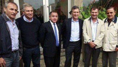 Semana de definiciones para la alianza entre la UCR, el PRO y el FC