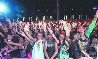 El adolescente mundo youtuber siguió con su fiesta en La Rural