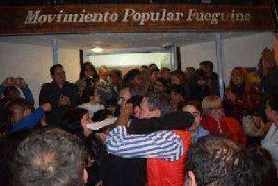 En una reñida elección se impusieron los candidatos del senador Jorge Garramuño