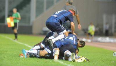 Talleres buscó hasta el final y terminó festejando un triunfo ante Tiro