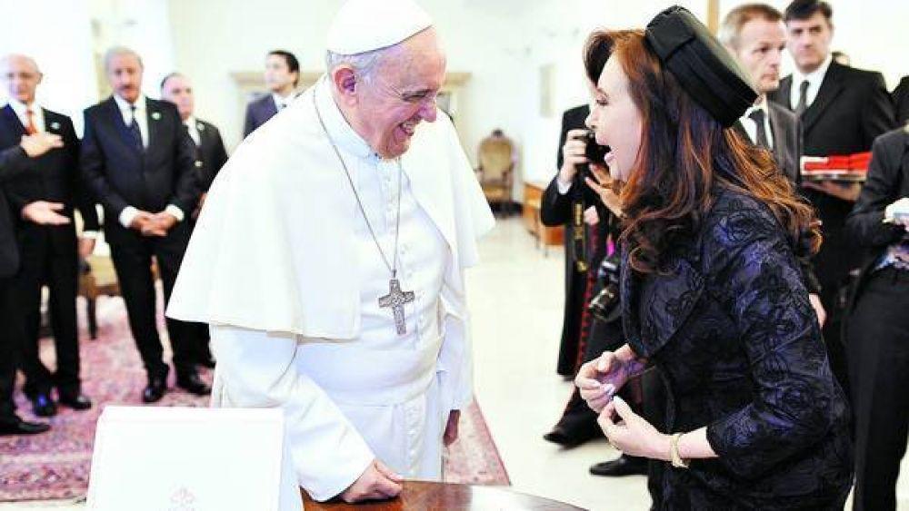 La audiencia de la Presidenta y el Papa sería breve y sin almuerzo
