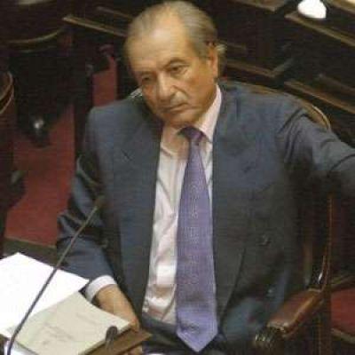 Eduardo Menem bajó su candidatura a gobernador