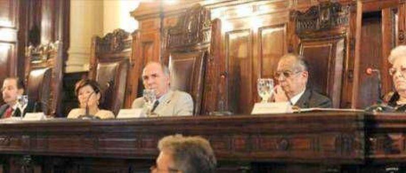 A la Corte le preocupa la avanzada de Moyano en los juzgados laborales