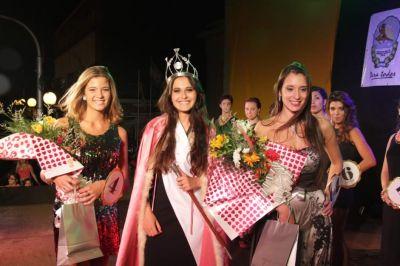 Micaela Aguilera es la flamante reina de la belleza del 2015