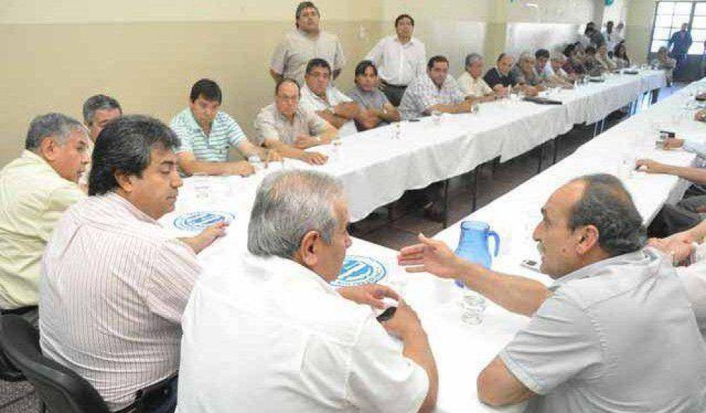 CGT: Cabello seguirá al frente y Castro pidió más actividad sindical