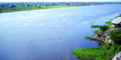 Crecida del río Paraguay podría afectar a unas 9.000 personas y hay temor en la región