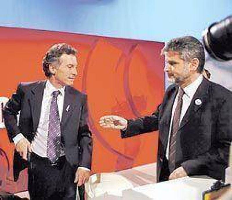 Los gobernadores manejan su propia versión del diálogo con la oposición