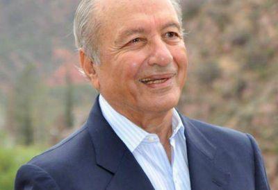 La Rioja: Eduardo Menem bajó su candidatura para apoyar su hermano Carlos