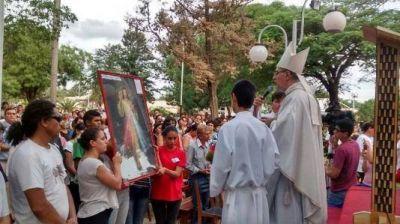 Miles de fieles acudieron al santuario diocesano de la Divina Misericordia