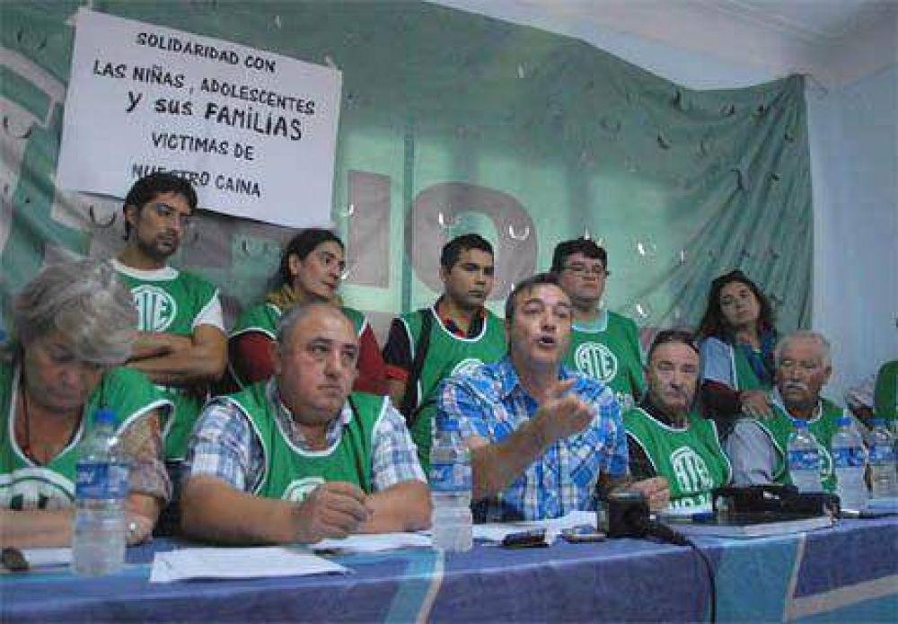 """ATE denuncia """"presión"""" de Iluminati a trabajadores"""