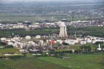 Avanza proyecto que prevé indemnizar a ex trabajadores de Petroquímica Mosconi