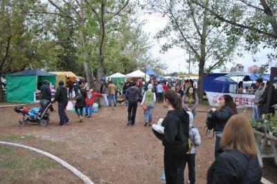 Santa Rosa: CAME denuncia que en la feria municipal hay puestos de venta ilegal