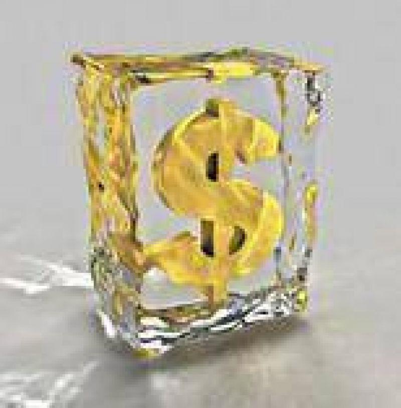 En la 'era Boudou', el BCRA congela el dólar y recupera más de u$s 100 millones
