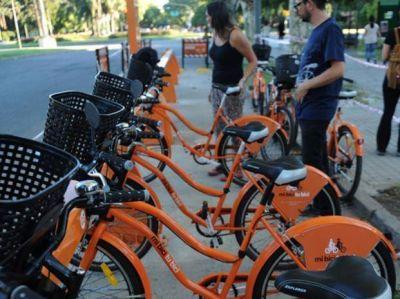 Más de mil rosarinos ya se subieron a las bicicletas públicas