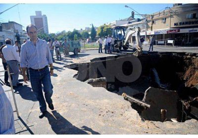 Jos� Corral: �Pedimos al Ministerio que nos d� la gesti�n de Aguas Santafesinas�