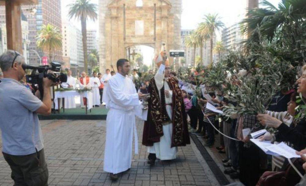 Cardenal uruguayo atribuye al Papa que las iglesias estén más llenas