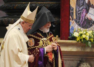 Duro cruce entre un ministro turco y el patriarca armenio católico