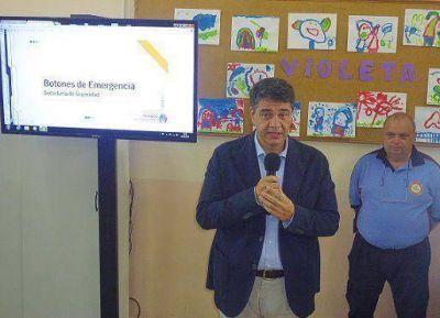 Jorge Macri presentó botones de pánico para las escuelas en Olivos